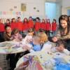 Деца пеят за деца