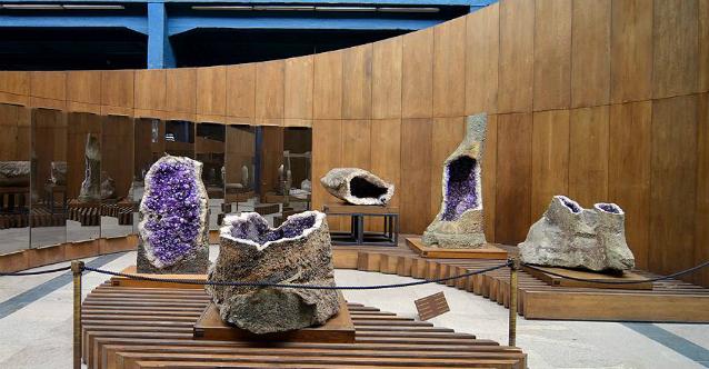 Ваканционни игри в музея Земята и хората